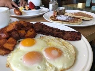 ロスアンゼルスで朝食を